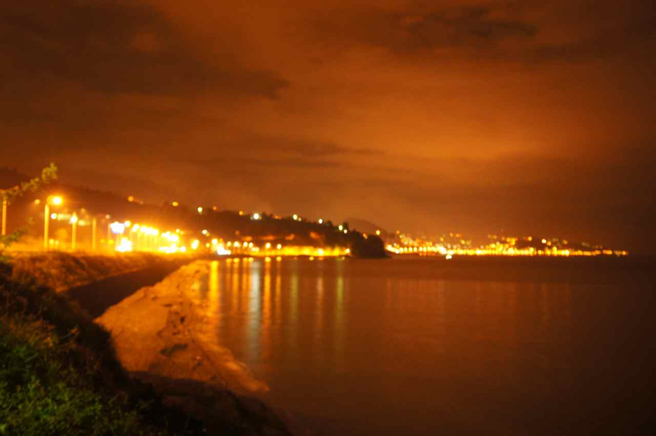 Nearby Giresun at night