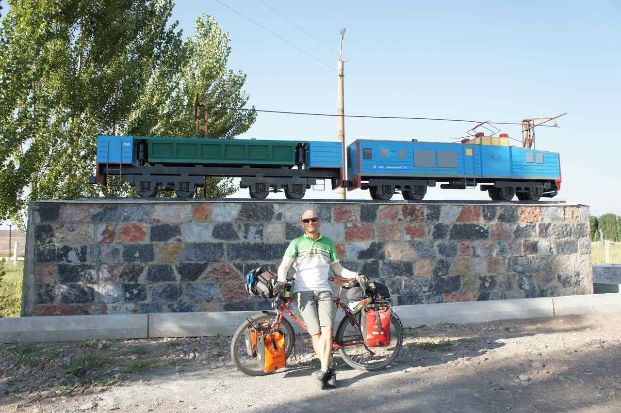 Locomotiv monument