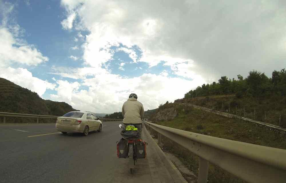 อีกมุมหนึ่งระหว่างทางไปคุนหมิง